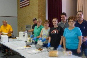 Chamber Chicken Barbeque volunteers